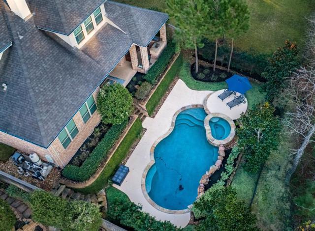 238 Greylake Place, The Woodlands, TX 77354 (MLS #74663087) :: Fairwater Westmont Real Estate