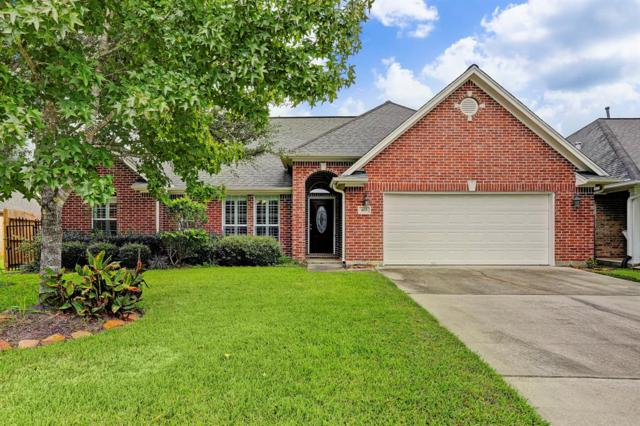 403 Friends Knoll Lane, Friendswood, TX 77546 (MLS #74709172) :: Texas Home Shop Realty