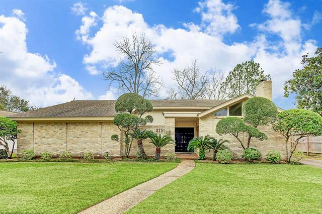 5751 Birdwood Road, Houston, TX 77096 (MLS #7481874) :: The Jennifer Wauhob Team