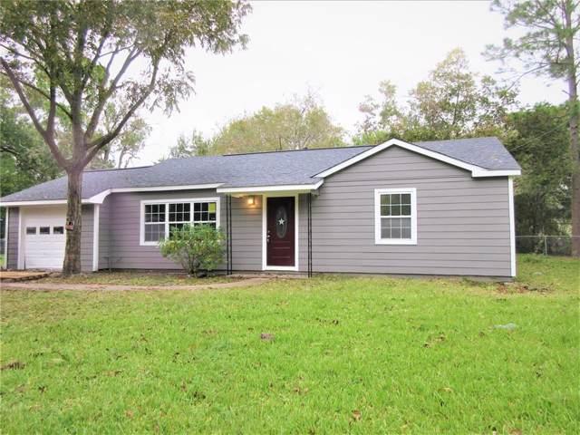 313 E Dumble Street, Alvin, TX 77511 (MLS #74911126) :: Phyllis Foster Real Estate
