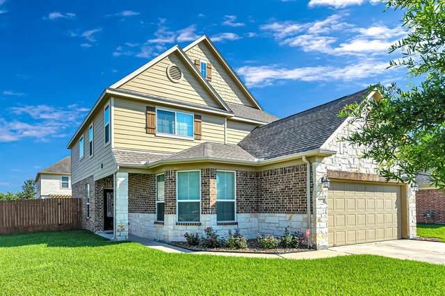 2822 Finwood Drive, Rosenberg, TX 77471 (MLS #74927277) :: The Parodi Team at Realty Associates