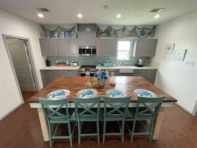 972 Townsend Drive, Crystal Beach, TX 77650 (MLS #74942643) :: The Wendy Sherman Team