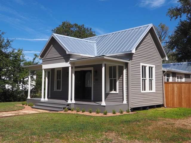 723 S Madison Street, La Grange, TX 78945 (MLS #74997763) :: Texas Home Shop Realty