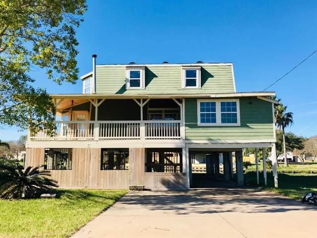 4430 Island Drive Island, Dickinson, TX 77539 (MLS #75076572) :: Ellison Real Estate Team