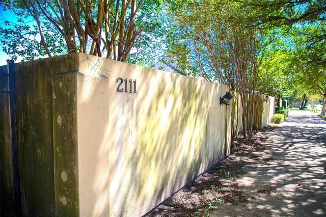 2113 Nantucket Drive, Houston, TX 77057 (MLS #75105615) :: Lerner Realty Solutions