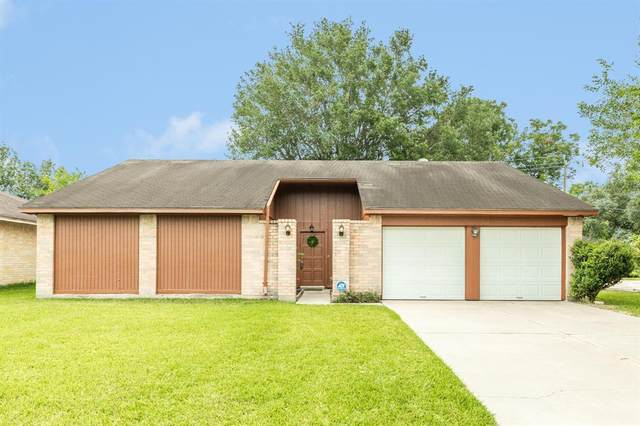 2311 Webster Ranch Road, Friendswood, TX 77546 (MLS #75176372) :: The SOLD by George Team