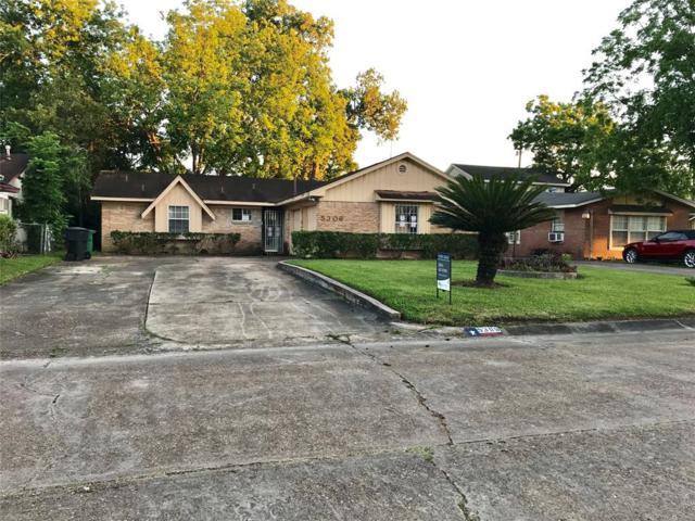 5306 Grace Point Lane, Houston, TX 77048 (MLS #75182502) :: The Heyl Group at Keller Williams