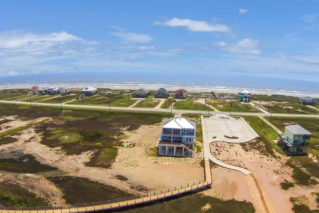 5419 Bluewater Hwy County Road, Freeport, TX 77541 (MLS #75190872) :: The SOLD by George Team
