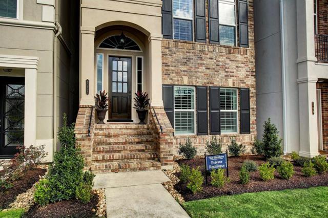 713 Somerset Commons Lane, Houston, TX 77055 (MLS #75204981) :: Oscar Fine Properties