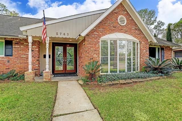 5743 Warm Springs Road, Houston, TX 77035 (MLS #75206092) :: Giorgi Real Estate Group