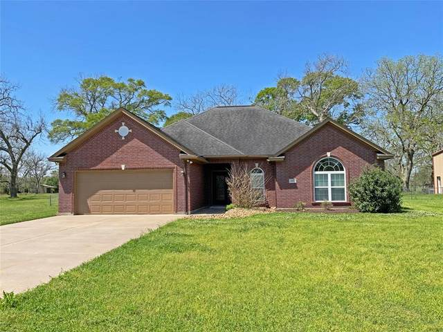 432 Wagon Wheel Trail, Angleton, TX 77515 (MLS #75319613) :: The Home Branch