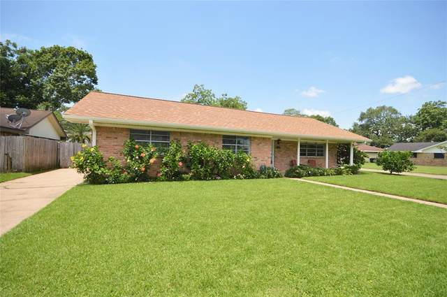 2314 Woodwind Way, League City, TX 77573 (MLS #75396216) :: The Bly Team