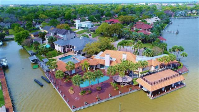 2014 Back Bay Court, Nassau Bay, TX 77058 (MLS #75448719) :: REMAX Space Center - The Bly Team