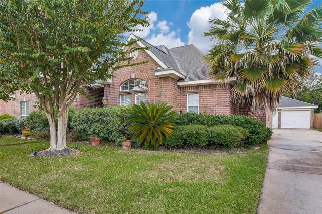 4434 Green Tee Drive, Baytown, TX 77521 (MLS #75462867) :: Caskey Realty