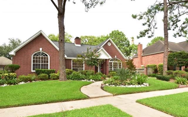 15839 Lake Lodge Drive, Houston, TX 77062 (MLS #75600292) :: The Heyl Group at Keller Williams