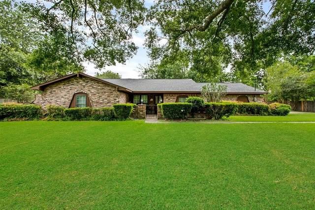 201 Pecan Estates Road, Bailey's Prairie, TX 77515 (MLS #75605930) :: The SOLD by George Team