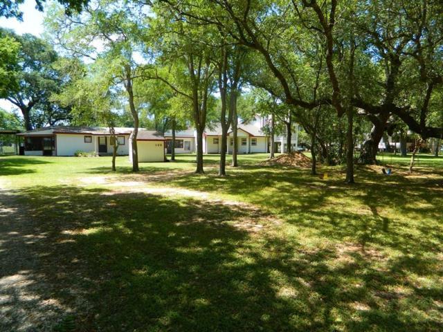 132 Oak Circle Circle, Sargent, TX 77414 (MLS #75663444) :: JL Realty Team at Coldwell Banker, United