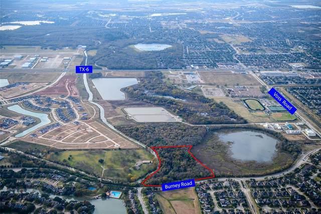 1527 Burney Road, Sugar Land, TX 77498 (MLS #75735503) :: Caskey Realty