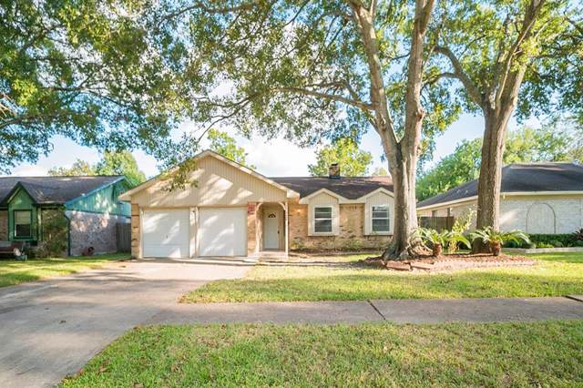 978 Redway Lane, Houston, TX 77062 (MLS #75844929) :: The SOLD by George Team