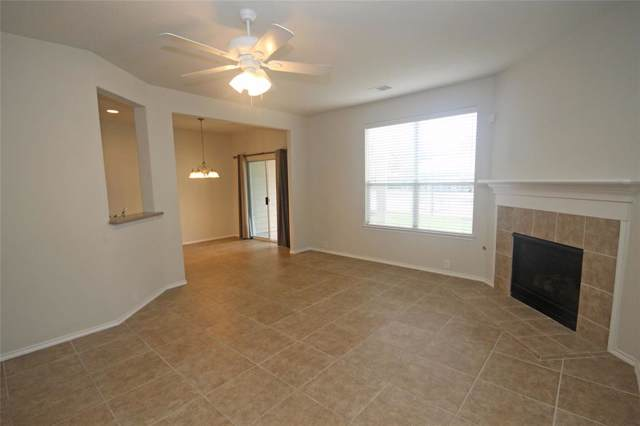 13600 Breton Ridge Street 35B, Houston, TX 77070 (MLS #75880257) :: NewHomePrograms.com LLC
