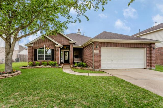 2106 Kingfisher Court, League City, TX 77573 (MLS #75929964) :: Rachel Lee Realtor