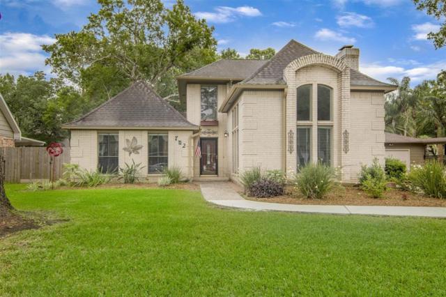 702 Olde Oaks Drive, Dickinson, TX 77539 (MLS #76016449) :: The Kevin Allen Jones Home Team