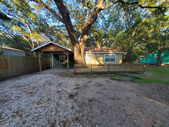 3615 Walsh Street, Bacliff, TX 77518 (MLS #76037128) :: The Parodi Team at Realty Associates