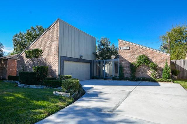 1334 S Kirkwood Road, Houston, TX 77077 (MLS #76058592) :: Team Parodi at Realty Associates