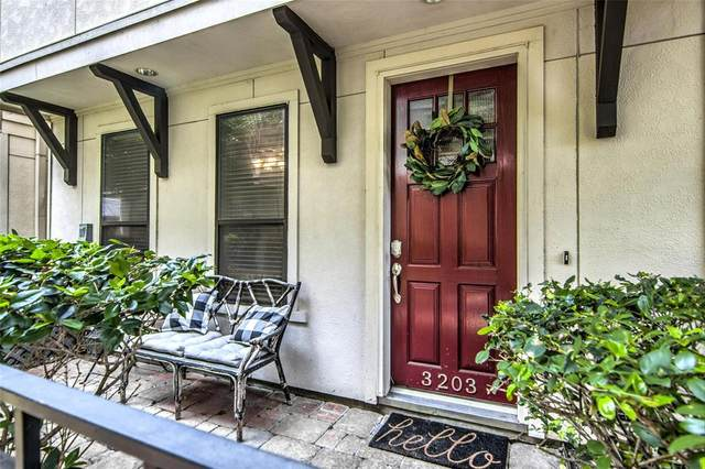 3203 Maxroy Street, Houston, TX 77008 (MLS #76222357) :: Phyllis Foster Real Estate