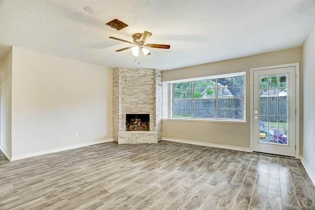 1709 Lamar Drive, Richmond, TX 77469 (MLS #7630641) :: Homemax Properties