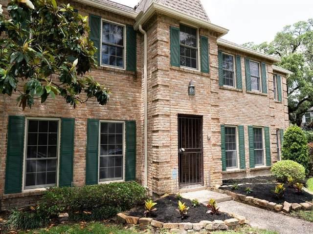 15730 Walkwood Drive, Houston, TX 77079 (#76414784) :: ORO Realty