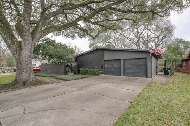 7139 Sharpcrest Street, Houston, TX 77074 (MLS #76432163) :: Fairwater Westmont Real Estate