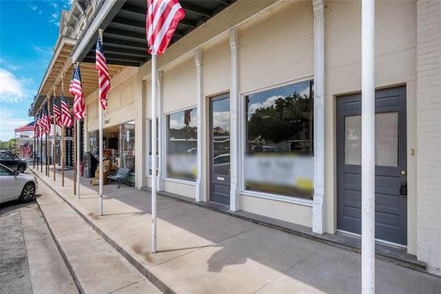 1008 Milam Street, Columbus, TX 78934 (MLS #7646347) :: The SOLD by George Team