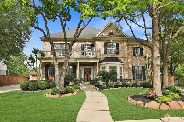 10302 Earlington Manor Drive, Spring, TX 77379 (MLS #76640868) :: The Parodi Team at Realty Associates