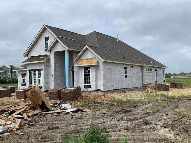 7611 Oso Lane, Mont Belvieu, TX 77523 (MLS #76778402) :: Texas Home Shop Realty