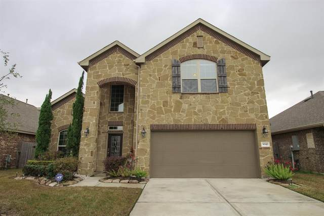 3042 Coreopsis Court, Dickinson, TX 77539 (MLS #76827378) :: My BCS Home Real Estate Group
