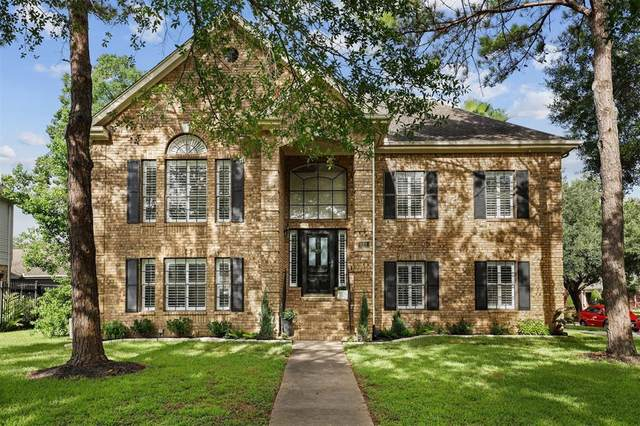 121 Hidden Lake Drive, League City, TX 77573 (MLS #76883423) :: The Heyl Group at Keller Williams