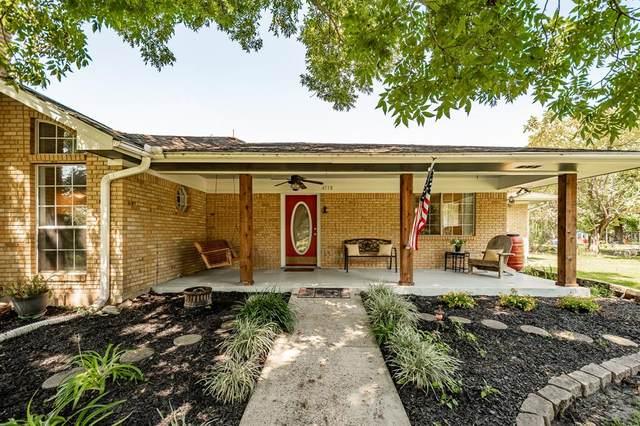 4718 Woodland Lane, Old River-Winfree, TX 77535 (MLS #76910841) :: Michele Harmon Team