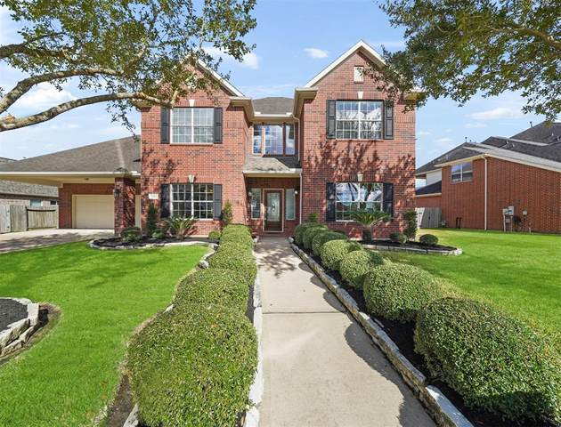 1403 Garden Glen Lane, Pearland, TX 77581 (MLS #77104418) :: The Home Branch