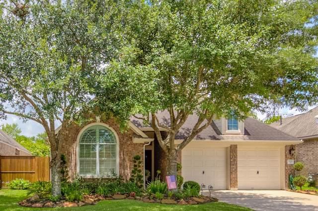 5210 Cottonwood Creek Lane, League City, TX 77573 (MLS #77138674) :: Ellison Real Estate Team
