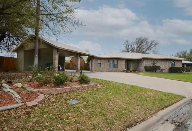 665 Edgewood Avenue, Giddings, TX 78942 (MLS #77223071) :: The Sansone Group