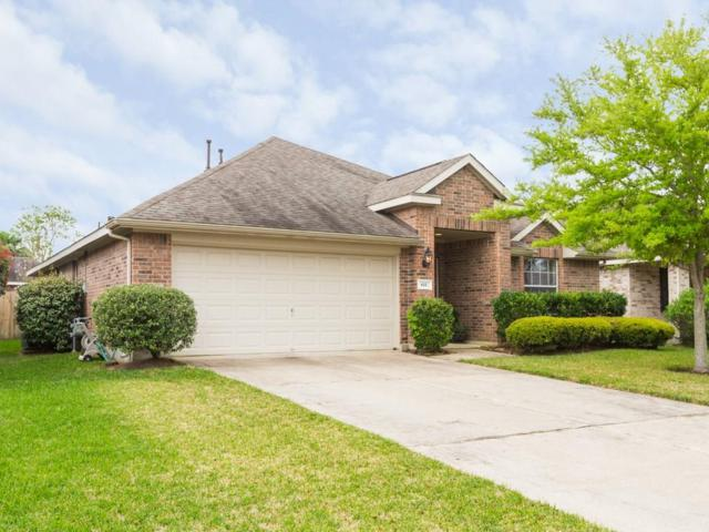 611 Catalina Cove Lane, La Marque, TX 77568 (MLS #77284498) :: Krueger Real Estate