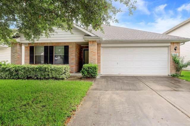 5442 Cinnamon Lake Drive, Baytown, TX 77521 (MLS #77363683) :: Christy Buck Team
