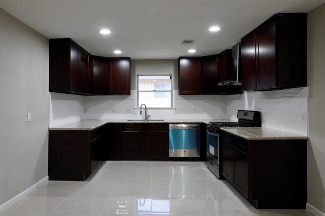 12026 Sharpcrest Street, Houston, TX 77072 (MLS #77390157) :: Giorgi Real Estate Group