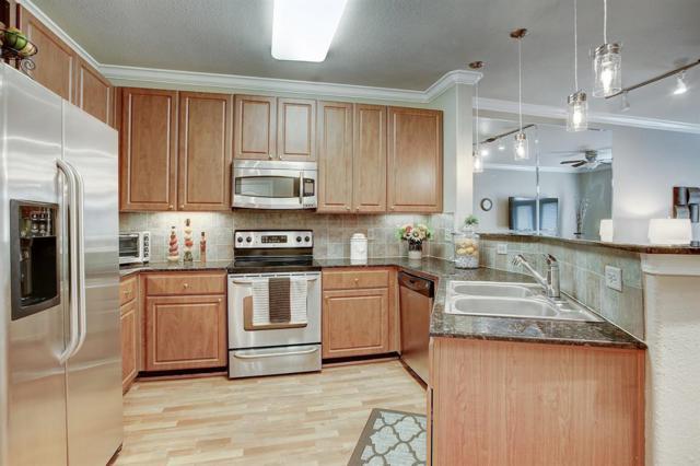 1711 Old Spanish Trail #110, Houston, TX 77054 (MLS #77412592) :: Texas Home Shop Realty