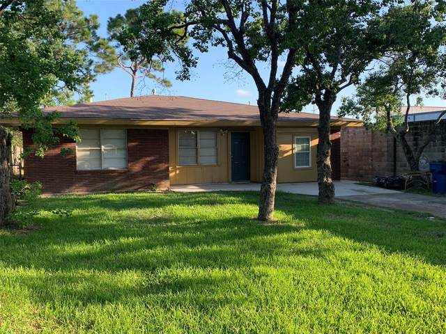 2825 1st Ave N Avenue N, Texas City, TX 77590 (MLS #77428651) :: The SOLD by George Team