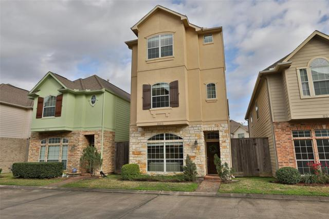 9013 Bayview Cove Drive, Houston, TX 77054 (MLS #7744678) :: The Heyl Group at Keller Williams