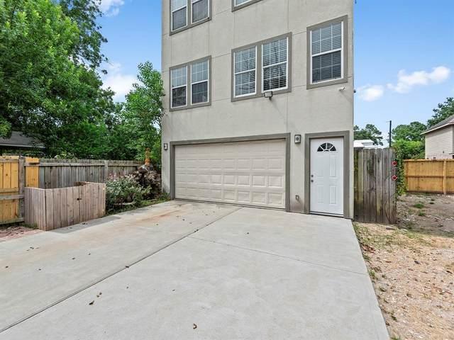 5010 Creekmont Drive, Houston, TX 77091 (MLS #77517908) :: The Wendy Sherman Team
