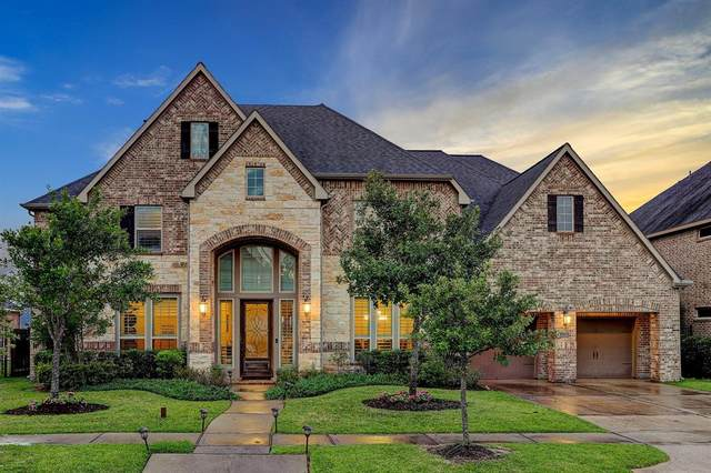 16206 Pelican Beach Lane, Houston, TX 77044 (MLS #77518270) :: Ellison Real Estate Team