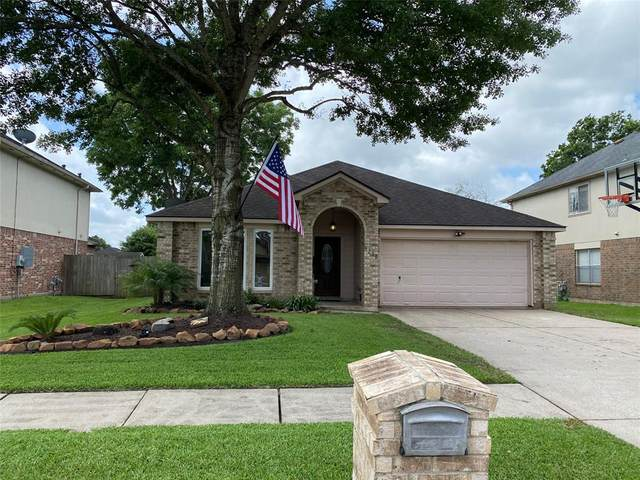 9216 Mahan Drive, La Porte, TX 77571 (MLS #7752705) :: The SOLD by George Team